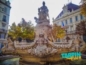 Fontaine de la place Estrangin Pastré
