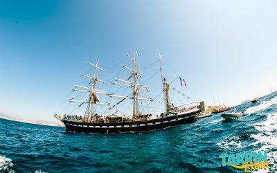 Parade maritime de Marseille avec le Belem